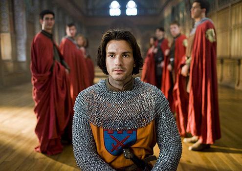 [Imágenes] Lancelot -Lancelot-merlin-7202056-495-350