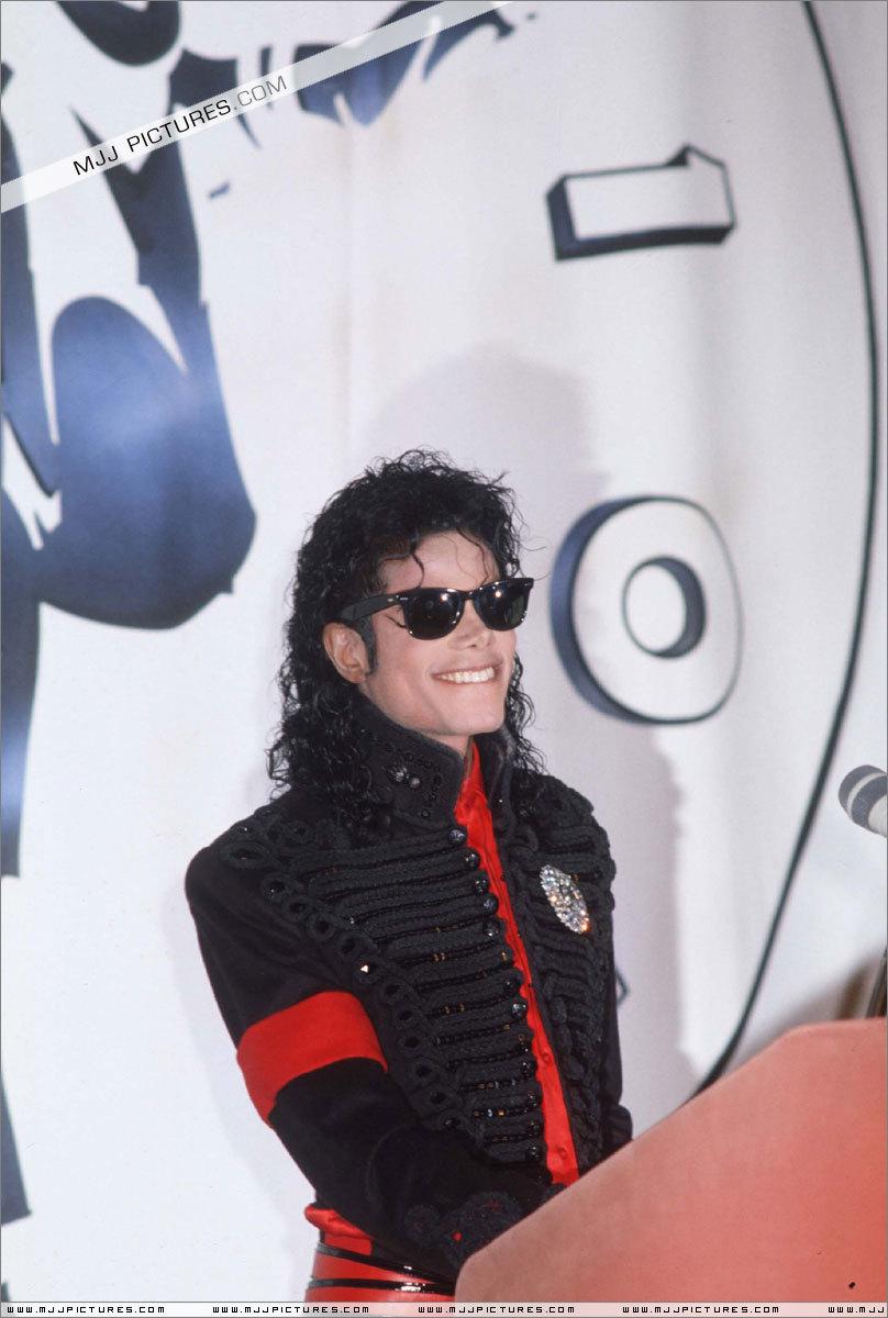 CBS Records : вверх Selling Artist Of The Decade
