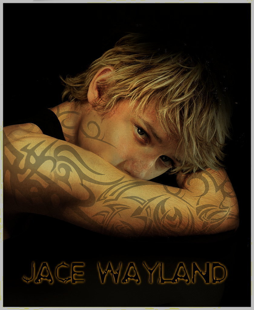 http://images2.fanpop.com/images/photos/7200000/Jace-Wayland-city-of-bones-7264552-839-1024.jpg
