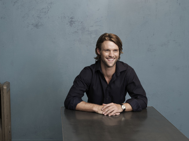 The Stalker Game! - Page 2 Jesse-Spencer-Fox-Fresh-Photoshoot-house-md-7277626-653-490