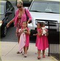 Kate Gosselin & Daughters: Pretty in Pink