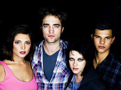 Kristen Stewart, Taylor Lautner, Robert Pattinson, and Ashley Greene