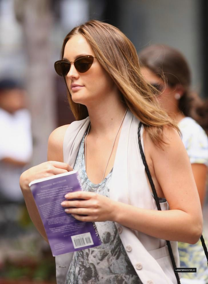 Leighton & Michelle at the set