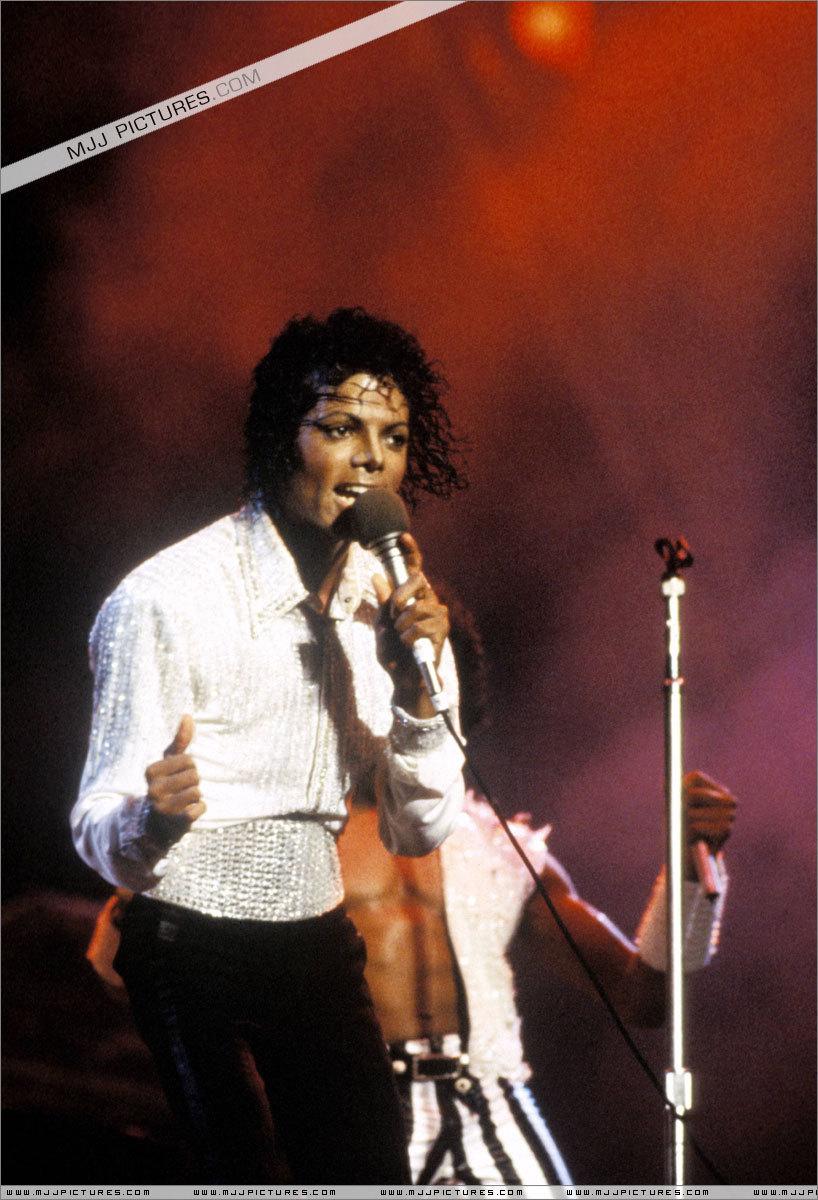 MJ (Victory Tour)