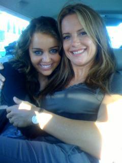 MileyTwitter Pic