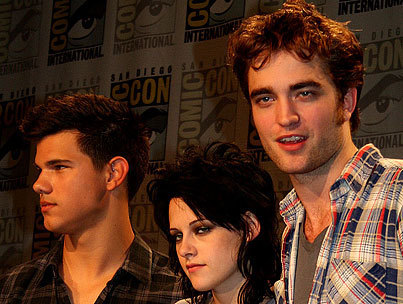 More Robsten & Lautner at Comic Con 09 - twilight-series photo