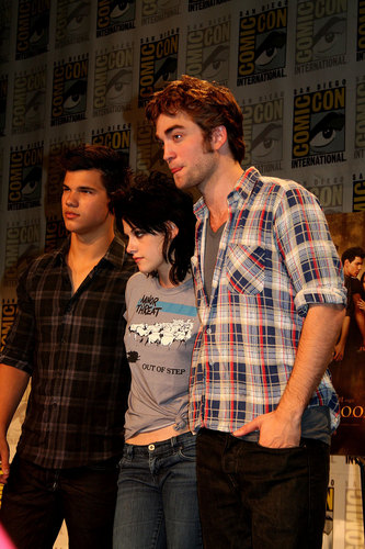 और Robsten & Lautner at Comic Con 09