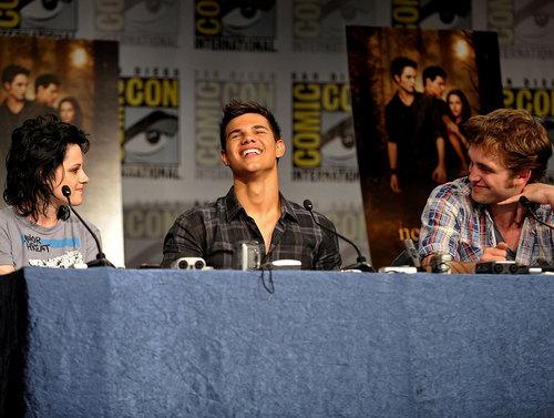 More Robsten & Lautner at Comic Con 09