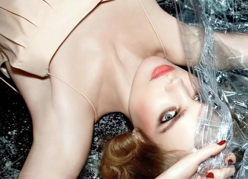 Natalia: Italian Vogue