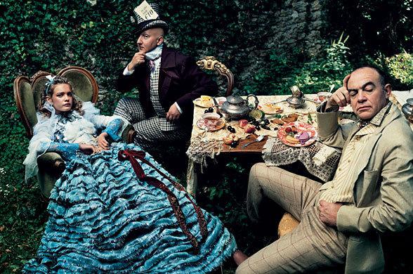 Natalia: Vogue Us - Alice In Wonderland - natalia-vodianova photo