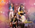 Nazanin_Hannah_Jonas Brothers
