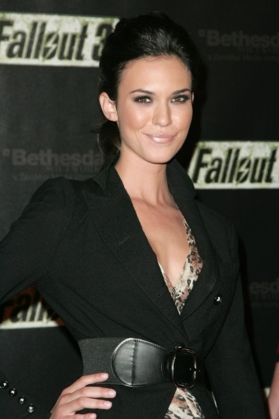 Odette Annable fallout 3