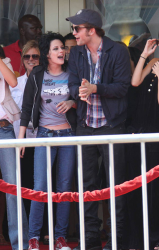 Rob and kristen ( I tình yêu them) =) HQ