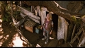 bridge-to-terabithia - Screen Shot - Leslie in the Tree House screencap