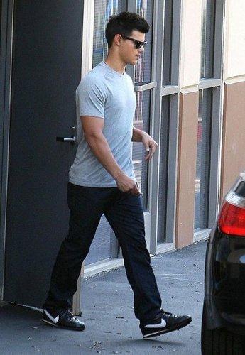 Taylor in LA