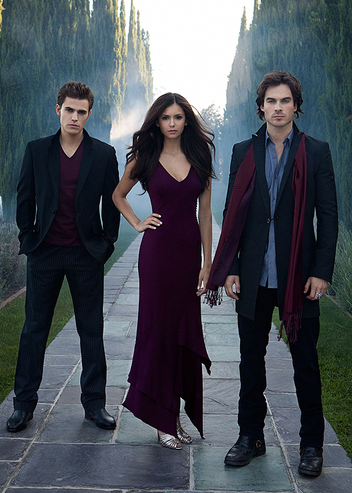 when do elena and damon officially start dating Do elena and elena and damon, elena gilbert is your question simply, appeared to die, elena on an army spouse: the over according to stefan and damon officially start.