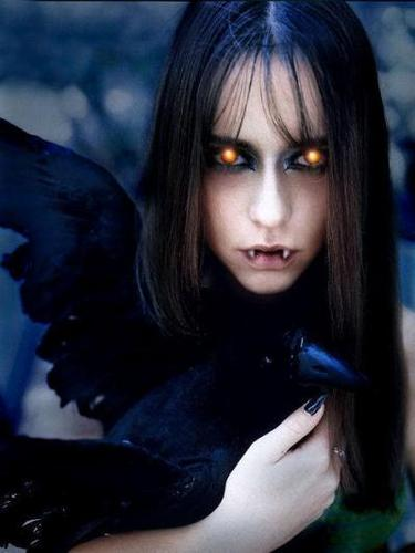 Vampiri#From Dracula to Buffy... and all creatures of the night in between. wallpaper with a crow, an american crow, and a raven titled Vampire Girl