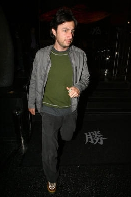 Zach Braff Hintergrund probably with hose, lange hosen, a pantleg, and long trousers entitled Zach on a abendessen datum at Katsuya, 4th June