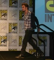 awesome Robert Pattinson The 'New Moon' threesome at the SDCC press conference - twilight-series photo
