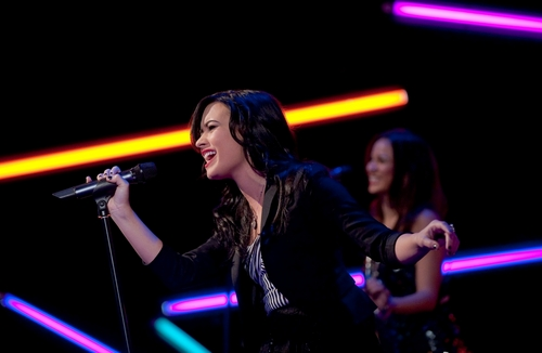 demi on the veiw