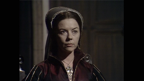 Anne Boleyn 壁紙 possibly with a well dressed person called dorothy tutin