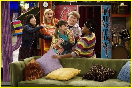 Sonny with a chance sonny and chad dating episodes of house