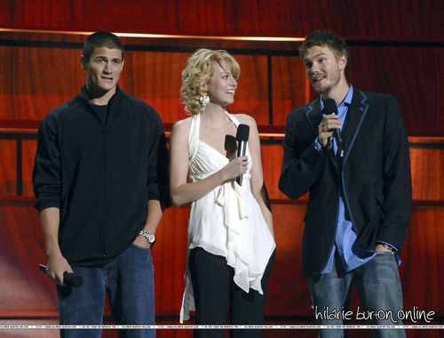05/17/05: 2005-2006 WB Network Upfront ipakita <3
