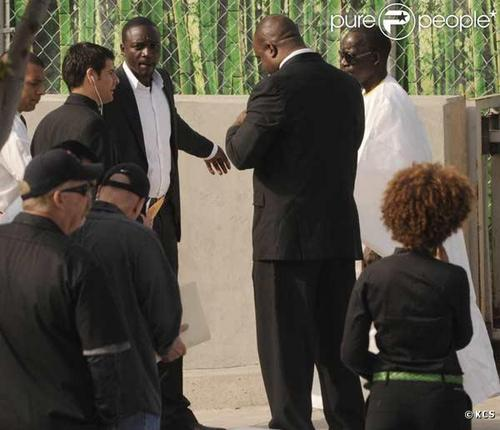 Akon (Michael's funeral)