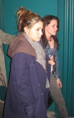 April 14 2009 - 100 Monkey's Show In Vancouver - nikki-reed-and-kristen-stewart photo