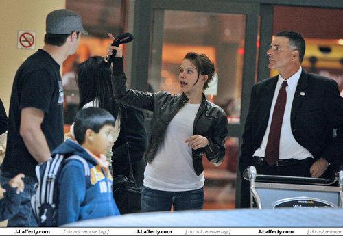 Arriving at LAX Airport (May 5 2008) <3