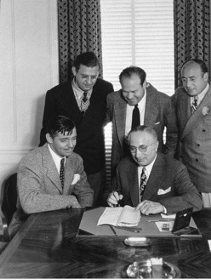 Clark Gable signing his contract