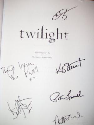 Comic Con Signs - Autografos