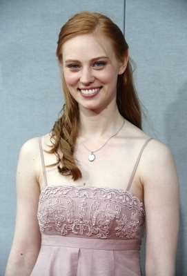 Deborah Ann Woll वॉलपेपर possibly containing a bridesmaid and a portrait entitled Deborah