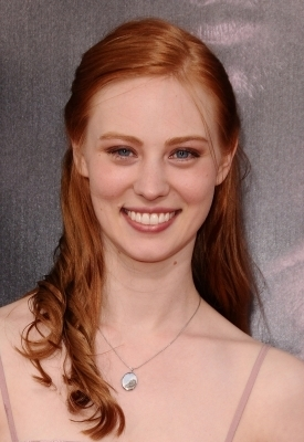Deborah Ann Woll 壁紙 with a portrait titled Deborah