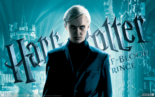 Drago Malfoy karatasi la kupamba ukuta with a business suit called Draco Malfoy