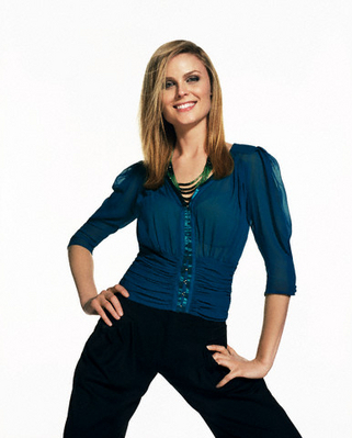 Emily Deschanel wallpaper containing a well dressed person, a legging, and an outerwear called Emily Deschanel Photoshoot