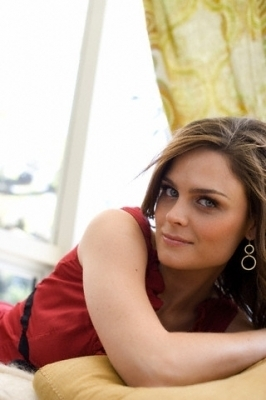 Emily Deschanel Photoshoots