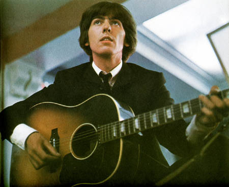 George Harrison violão, guitarra 4