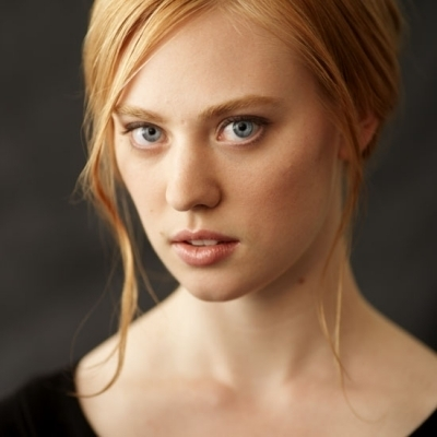 Deborah Ann Woll 壁紙 with a portrait titled Headshots