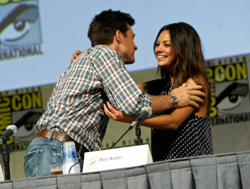 Jason Bateman and Mila Kunis @ Comic-Con 2009