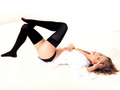Jennifer Aniston wallpaper containing support hose entitled Jennifer Aniston