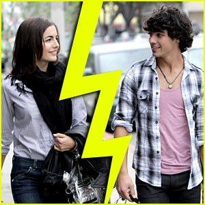 Joe Jonas & Camilla Belle: विभाजित करें, विभक्त करें Confirmed
