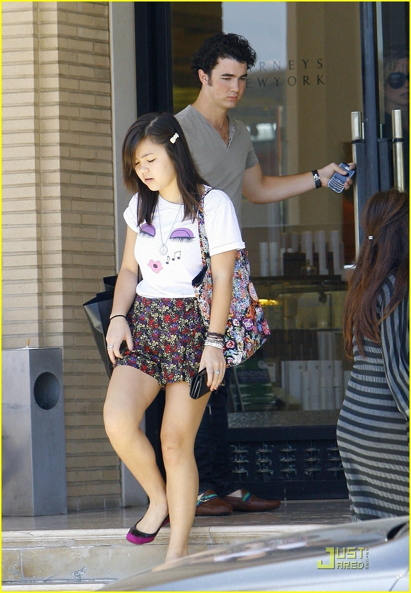 Kevin & Maya Out and About
