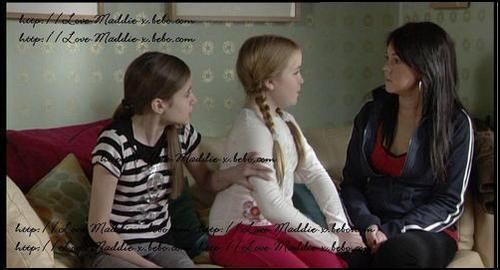 Lauren and Abi Branning with Stacey Slater