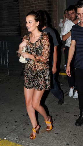 Gossip Girl fond d'écran called Leighton @ Katy Perry concert