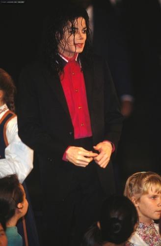 Michael Donates To Sarajevo, 1992