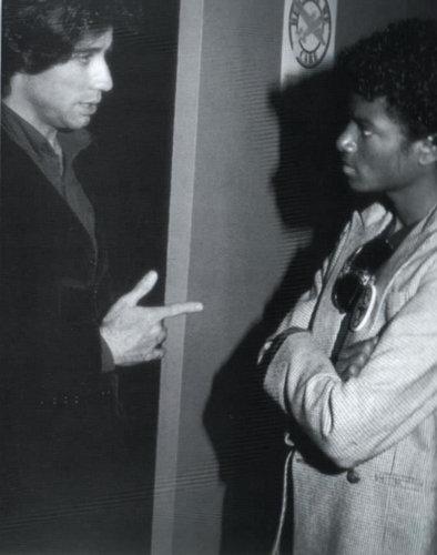 Michael with mga kaibigan