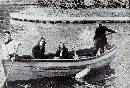 On the thuyền