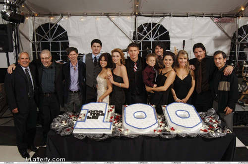 One baum Hill's 100th Episode Party (Dec. 8. 2007) <3