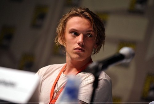 фото of Jamie Bower at Comic Con